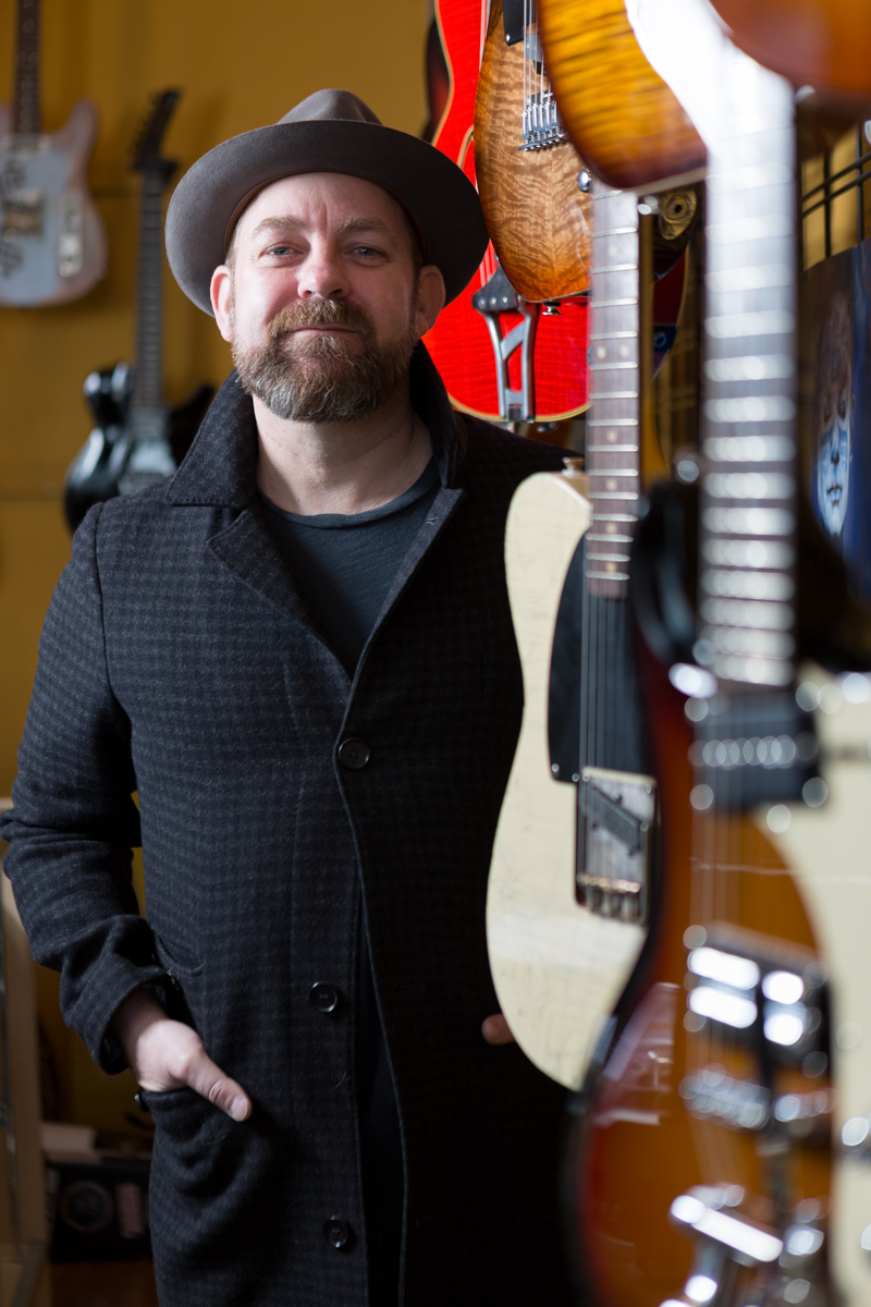 Kristian Bush Sugarland at a Guitar Store