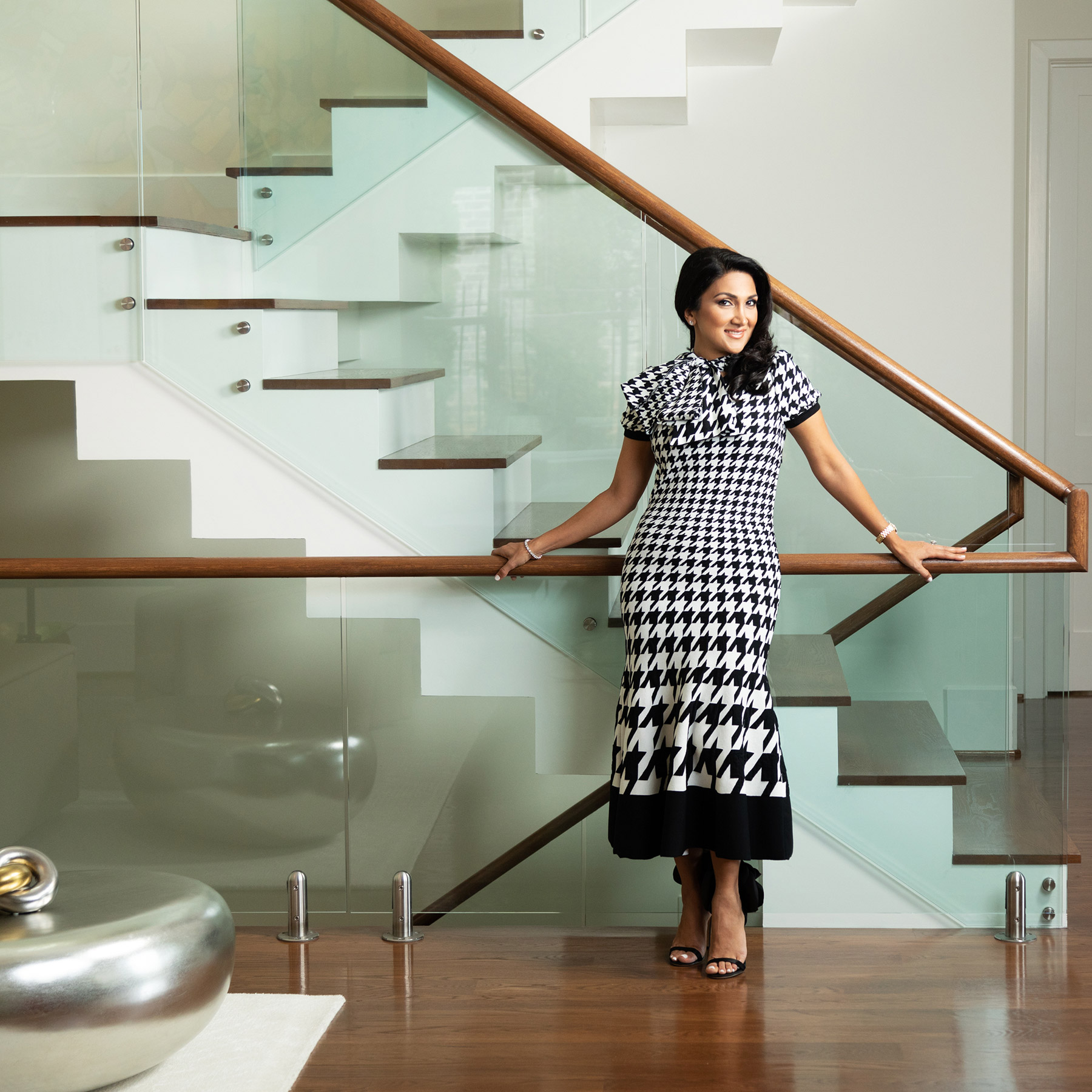 Women of Style 3 staircase and houndstooth